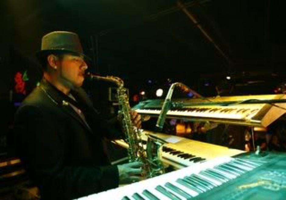 Elias Gonzales 'Gabriel' - Kauai Musician • Blues, Jazz, Reggae